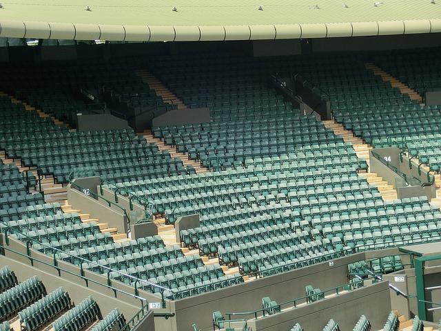 krzesełka stadionowe
